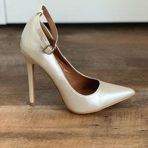 Shoe Rebuplica high heels